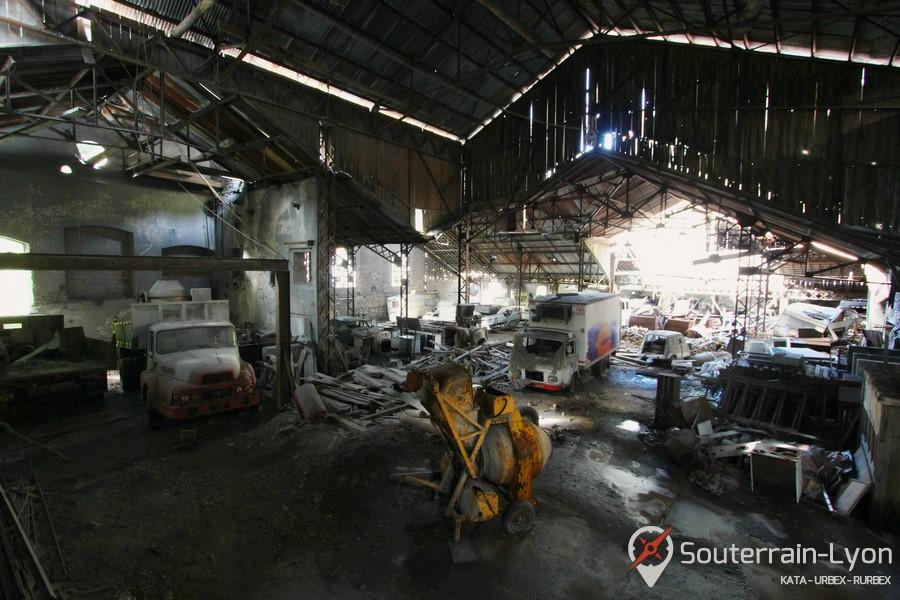 Garage des ann es 70 urbex rurbex souterrains de lyon for Garage lyon 2