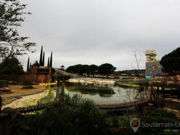 parc de loisirs abandonné