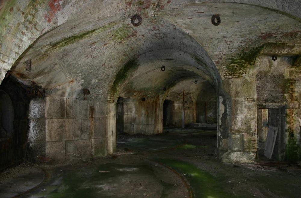 Stack Rock Fort lieu abandonné 12