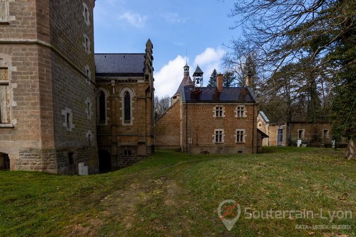 château abandonné france 13