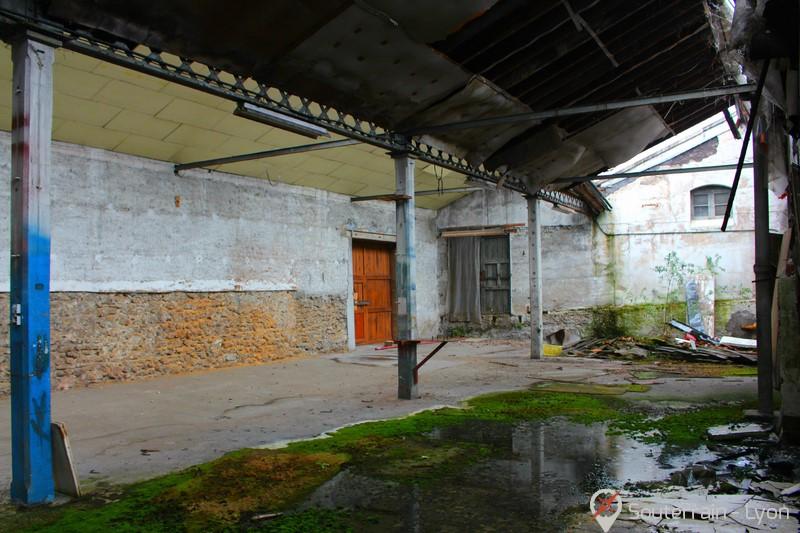 dépôt du brocanteur abandonné urbex