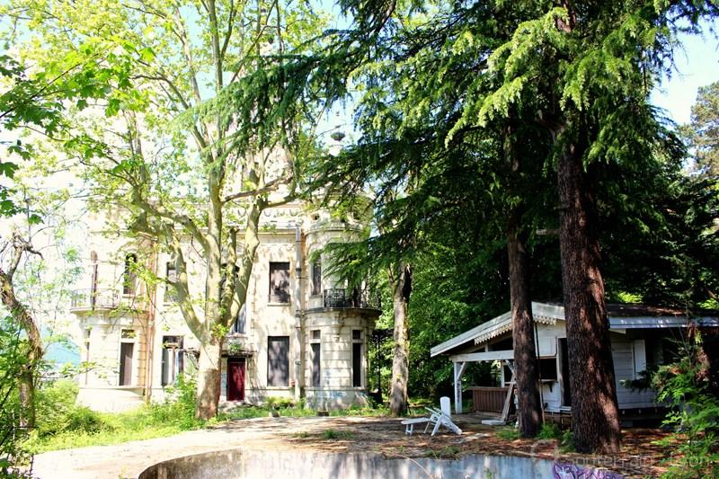 Château de l'Allemand Château de la Roche du Roi