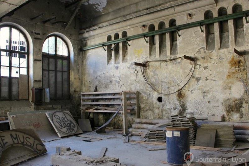 aciérie abandonnée B.