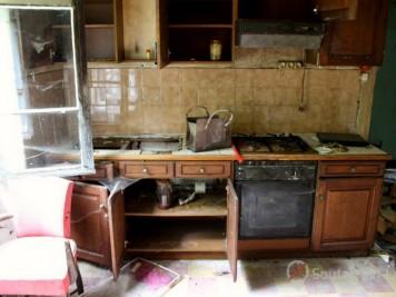 lotissement abandonné maison du gardien