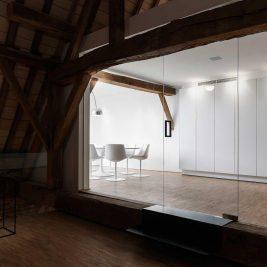 The Waterdog rénovation Chapelle De Waterhond eglise abandonnée